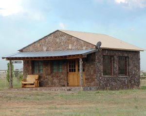 Photo of cabin on Sproul Ranch